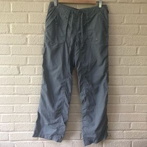 North Face Short Court Cropped Pants